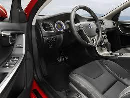 จำกัดกลิ่นอับภายในรถ
