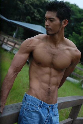Hot Asian Guy Six Pack 2