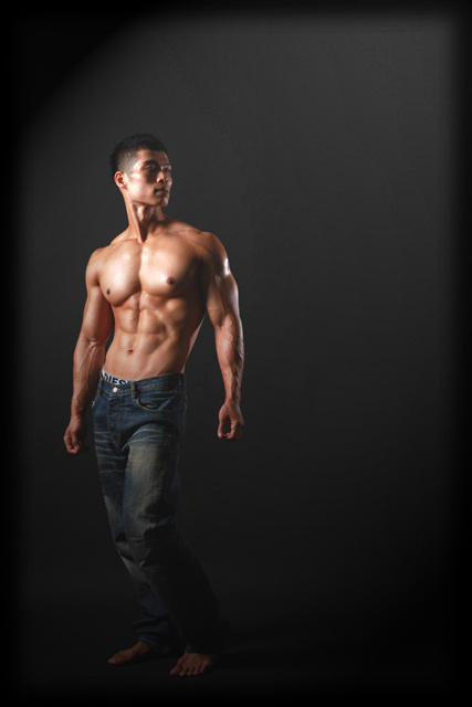 Hot Asian Guy Six Pack 3