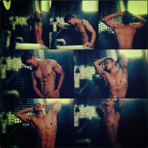 Hot Asian Men Pic 8