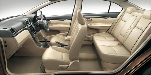 Maruti-Suzuki-Ciaz-interiors