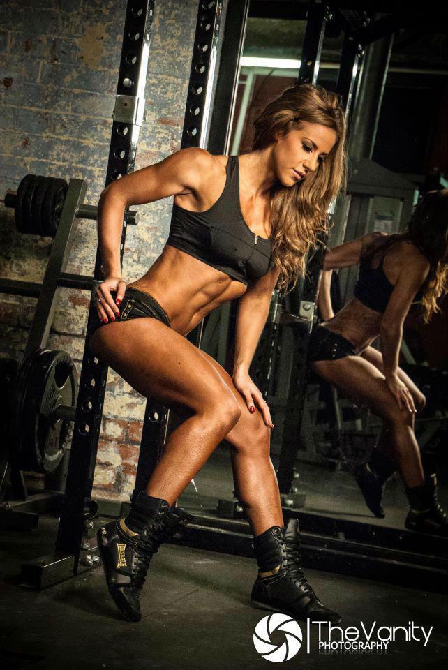 การ เล่นกล้าม สร้างซิกแพค ผู้หญิง