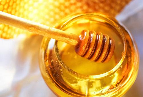 น้ำผึ้งรักษาสิว1