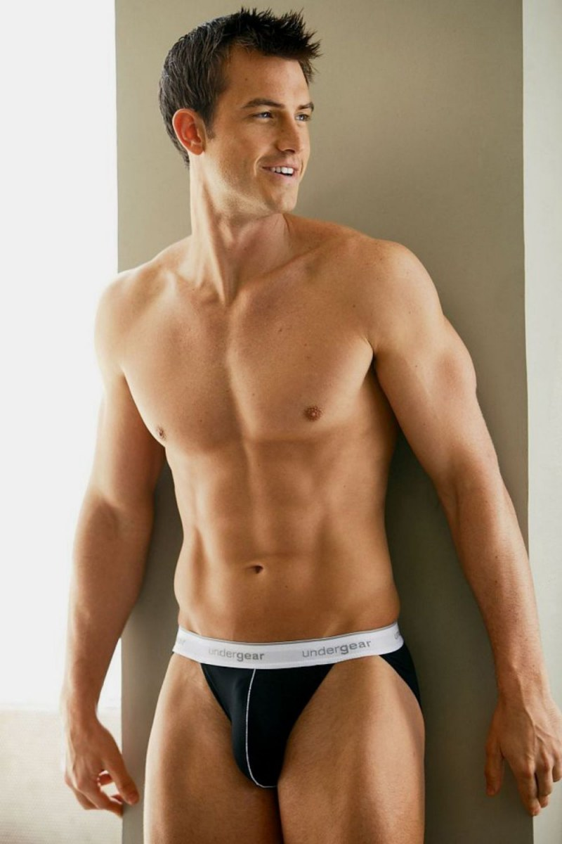 hot-men-underwear11