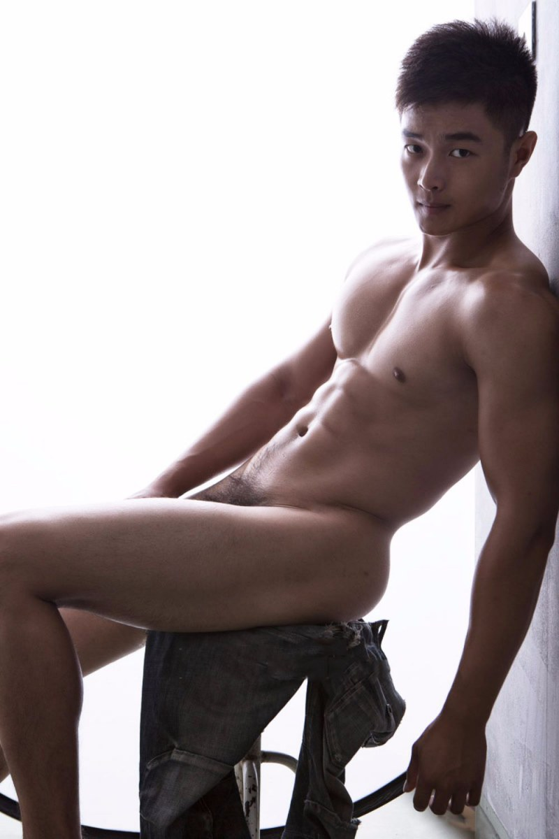 sexy-asian-men-six-pack21