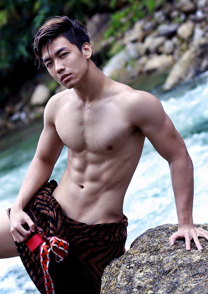 sexy-asian-men-six-pack6