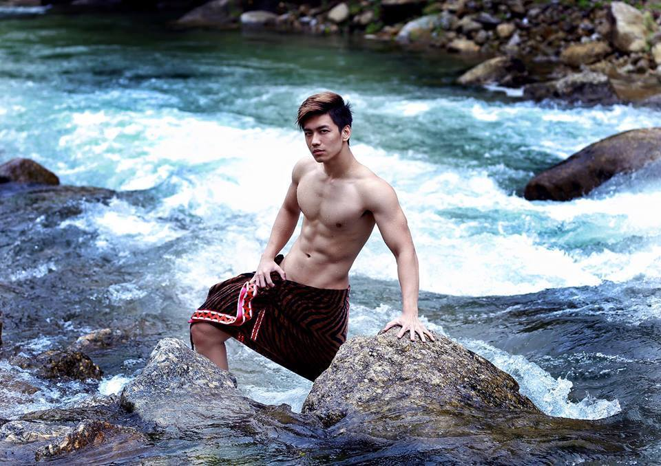 sexy-asian-men-six-pack7
