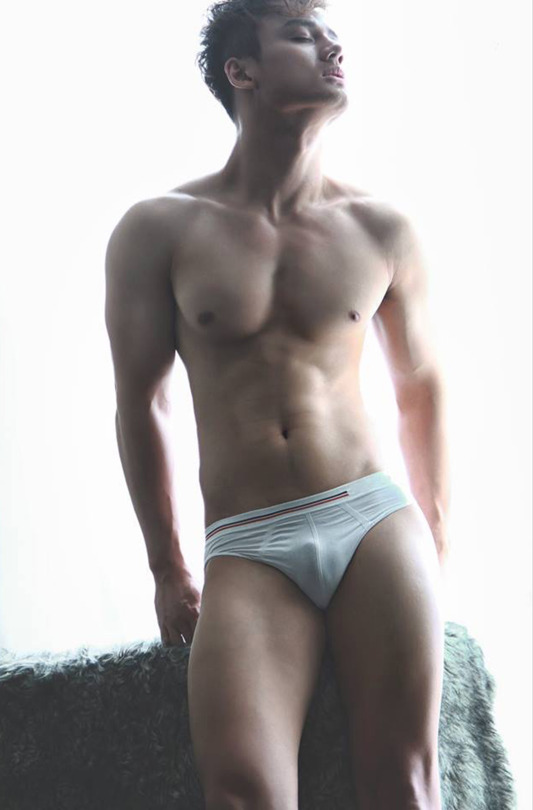 sexy-men-six-pack8