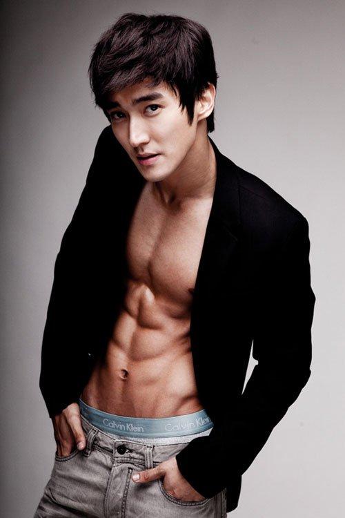 siwon handsome man1