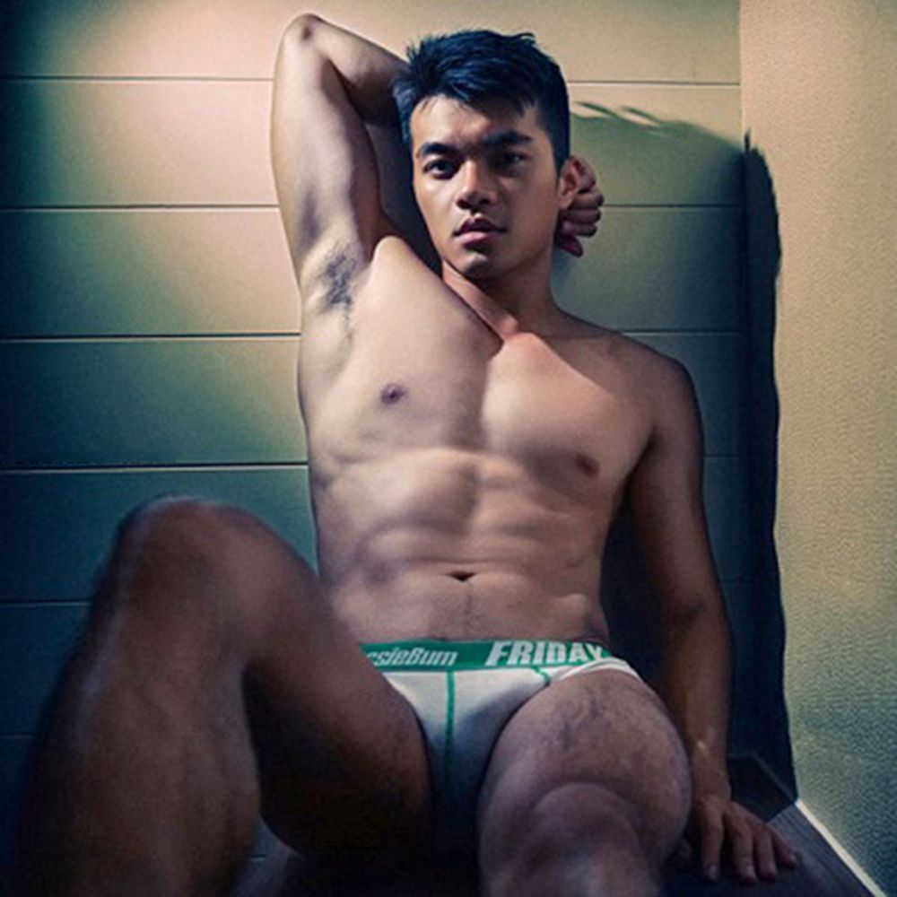asian-men-six-pack8