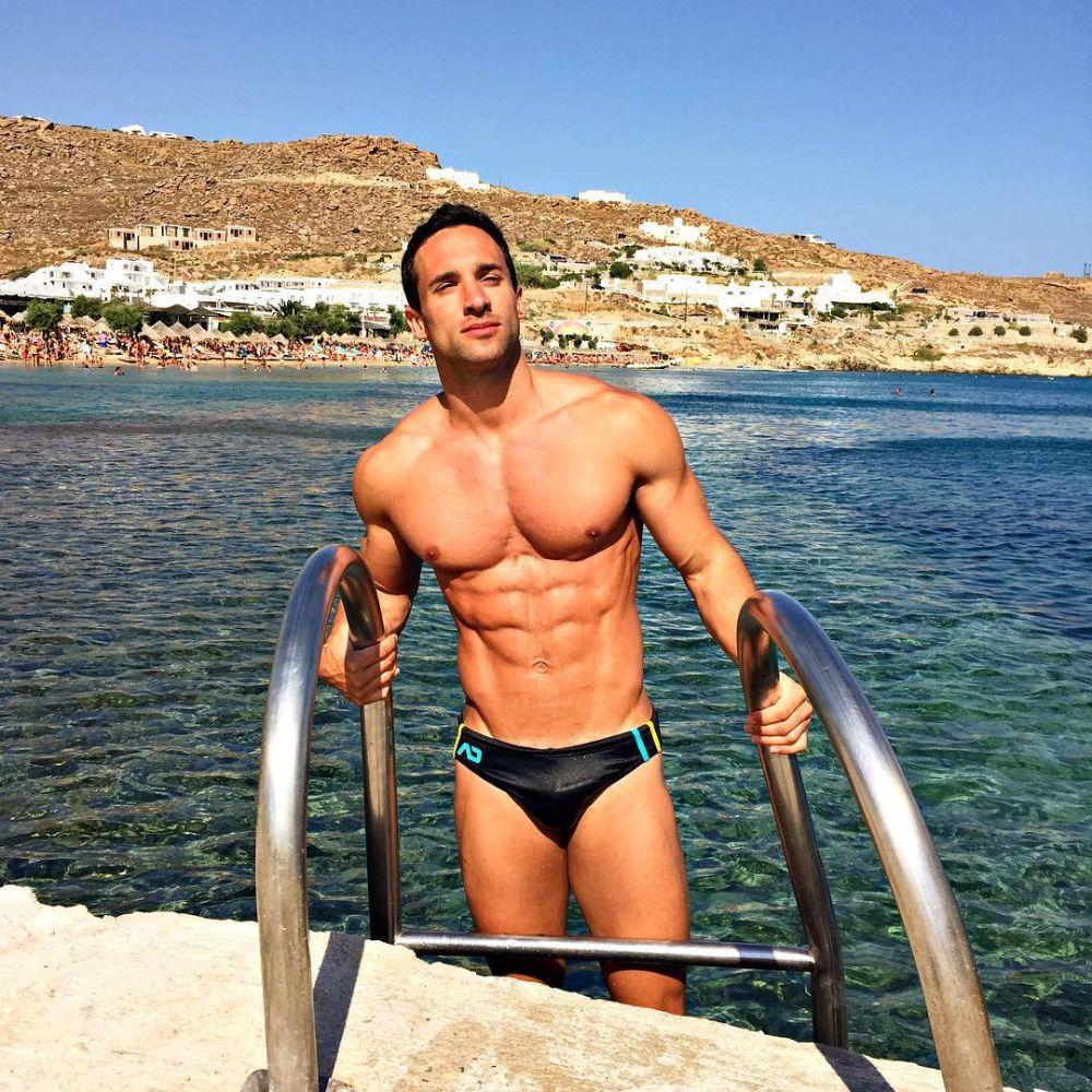 hot-men-underwear17