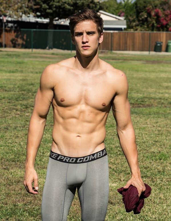 hot-men-underwear20