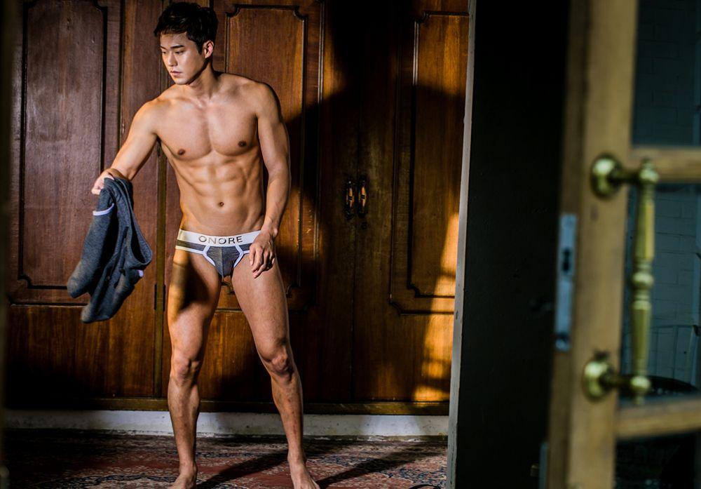 hot-men-underwear29