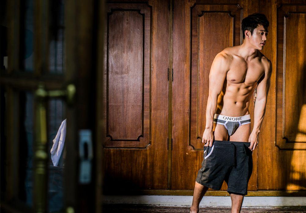 hot-men-underwear30