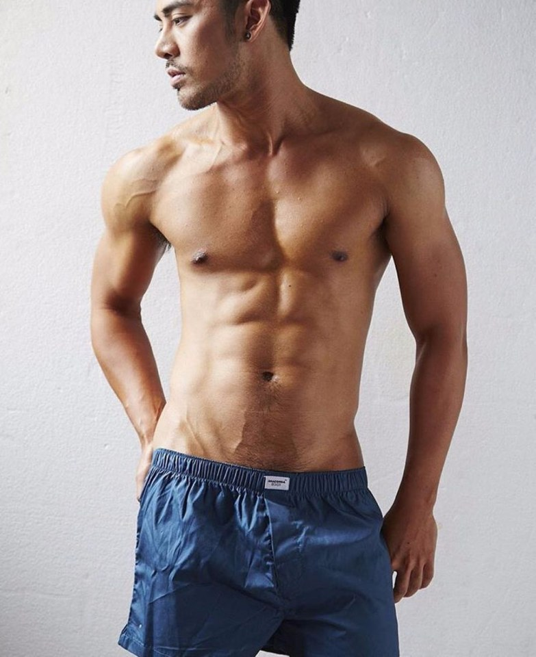 sexy-men-six-pack33