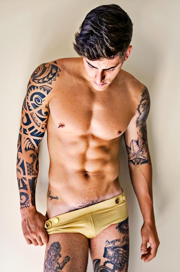 sexy-men-six-pack57