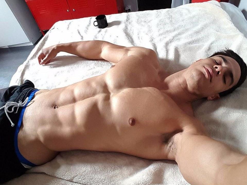 sexy-men-six-pack15