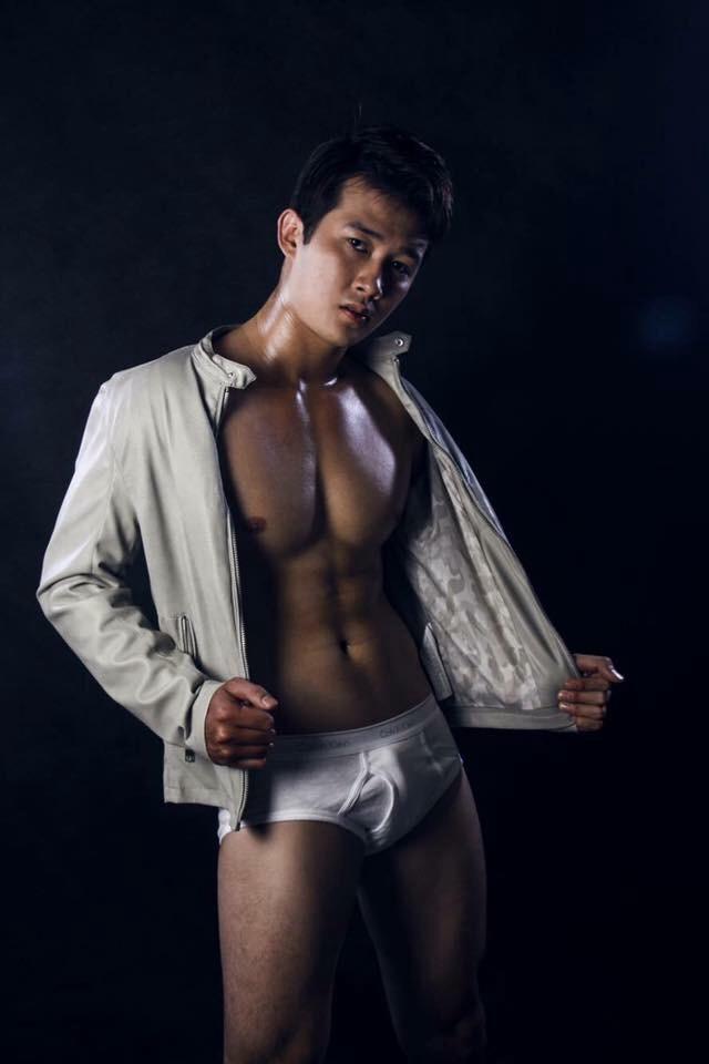 hot-men-underwear43