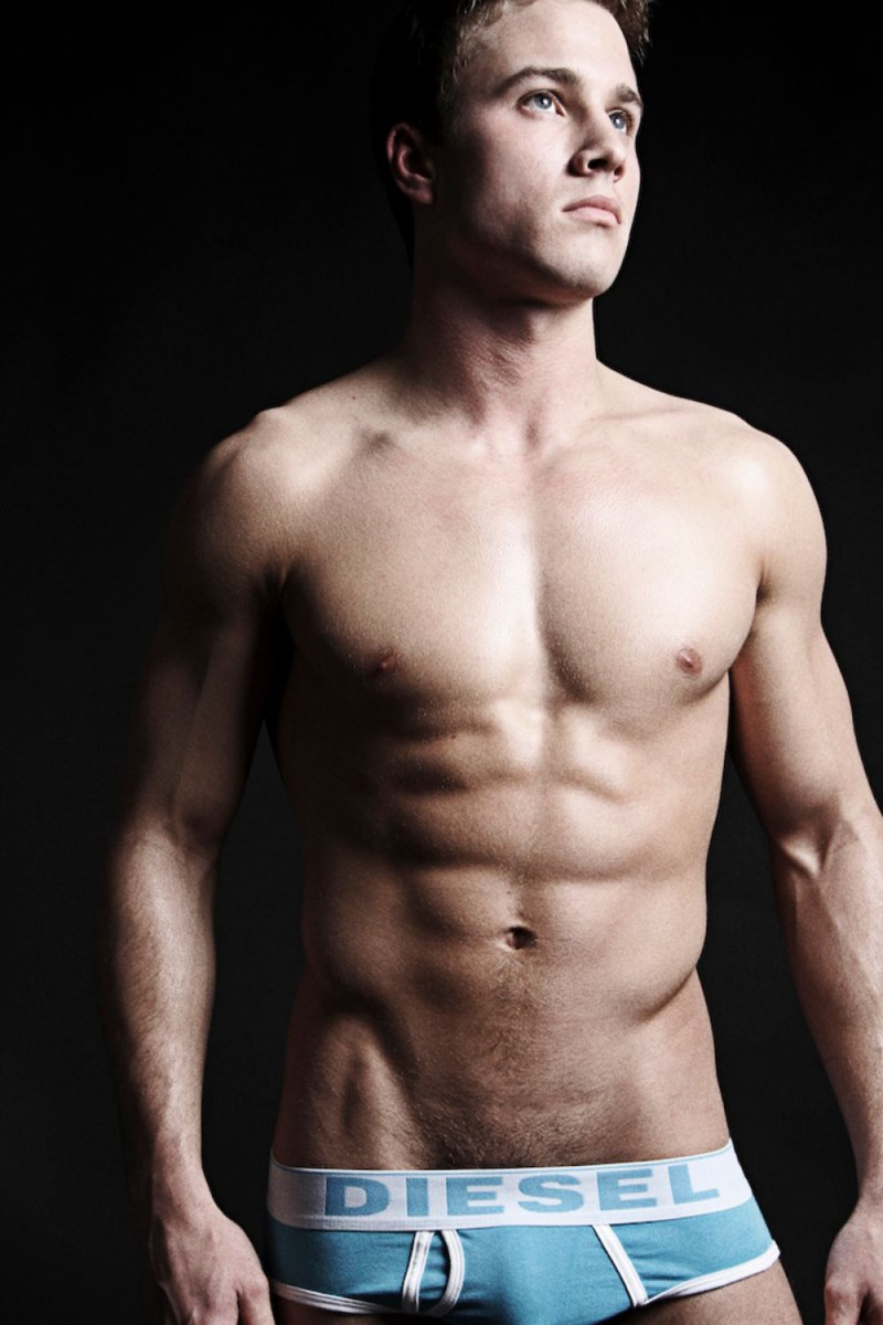 sexy-men-with-hot-six-pack14